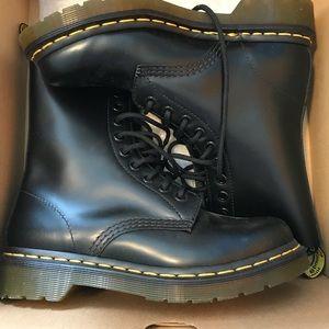 Dr. Martens NEW Black Boots Size 6